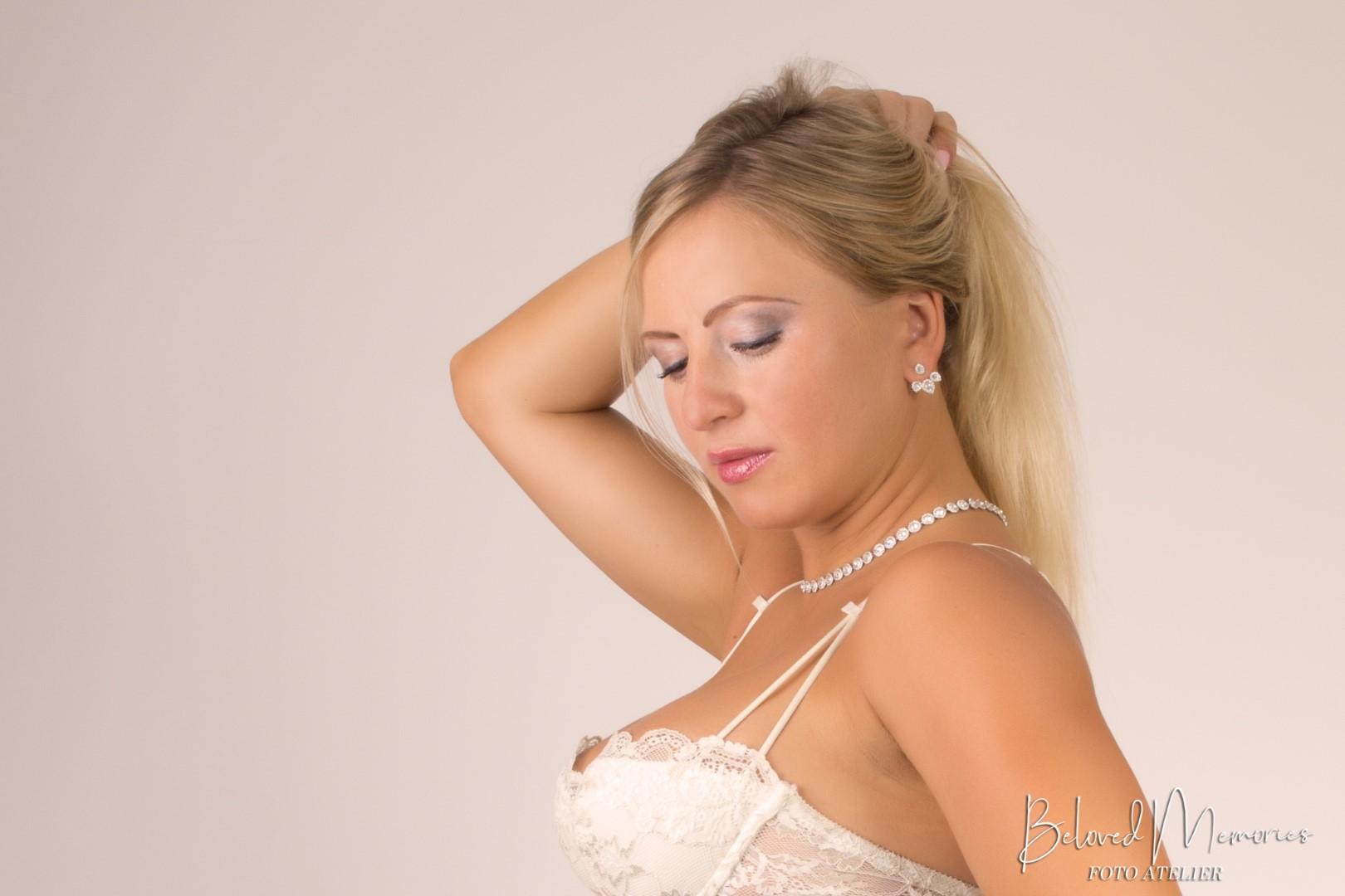 Portret Yuliya