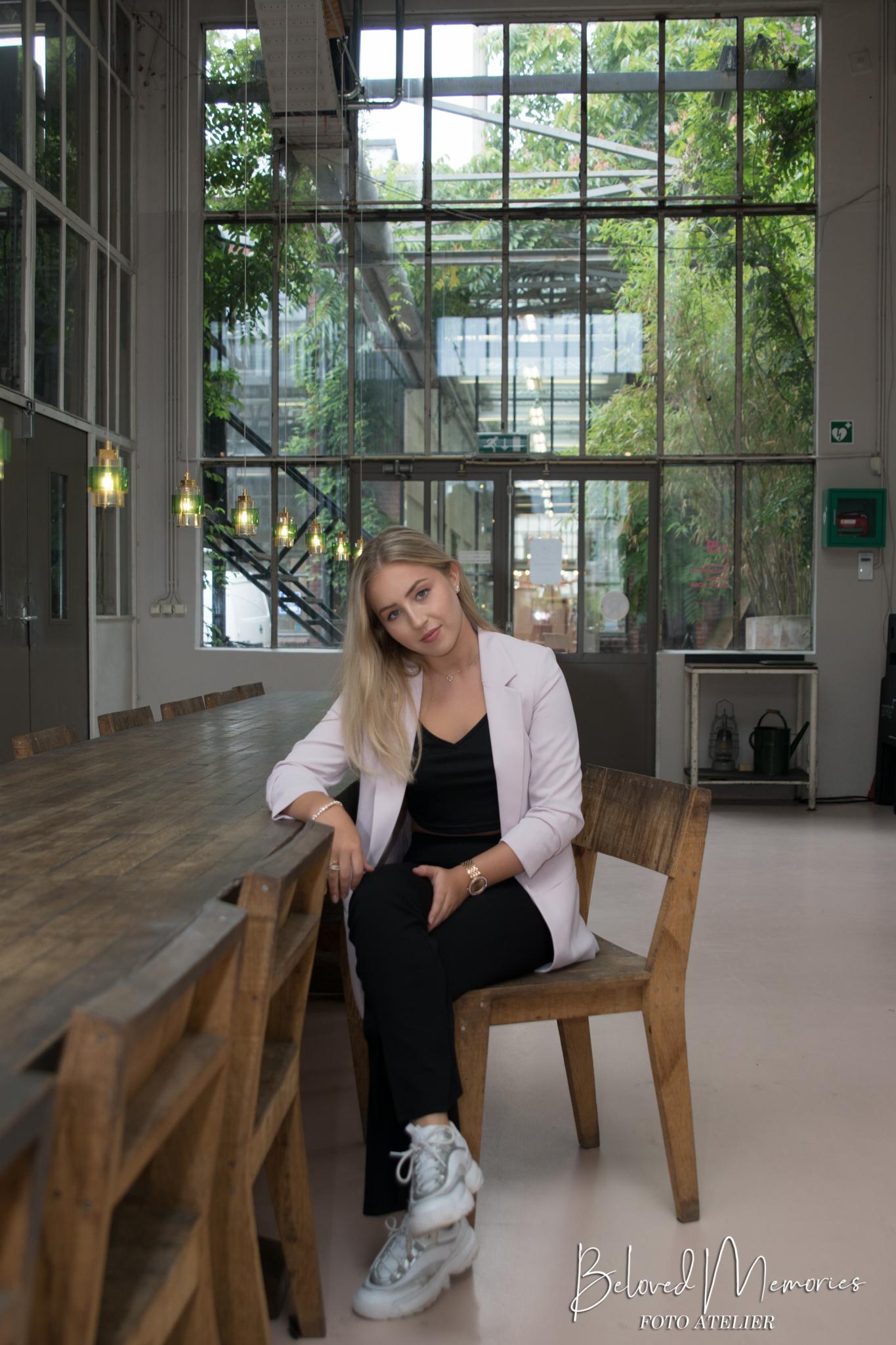 Read more about the article Danine bij Piet Hein Eek